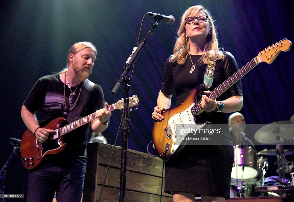 Derek Trucks (L) and Susan Tedeschi of Tedeschi Trucks Band perform in support of the band's 'Let Me Get By' release at the Fox Theater on September 9, 2016 in Oakland, California.