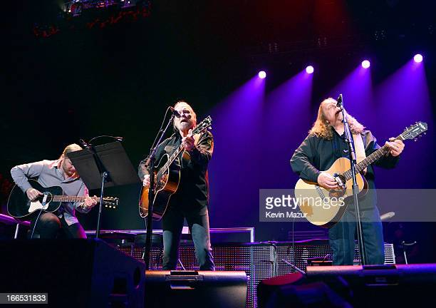 Derek Trucks Gregg Allman and Warren Haynes perform on stage during the 2013 Crossroads Guitar Festival at Madison Square Garden on April 13 2013 in...