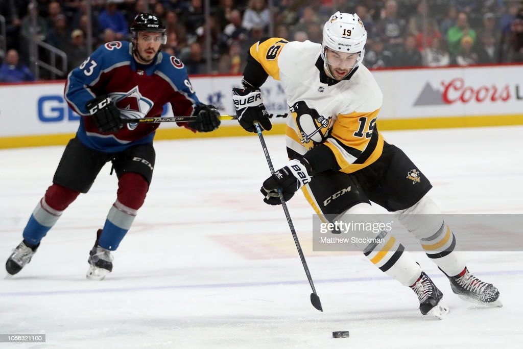 Pittsburgh Penguins v Colorado Avalanche : News Photo