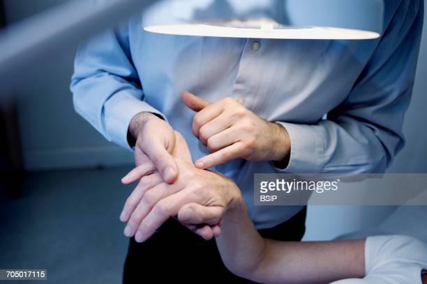Dermatology, symptomatology elderly person