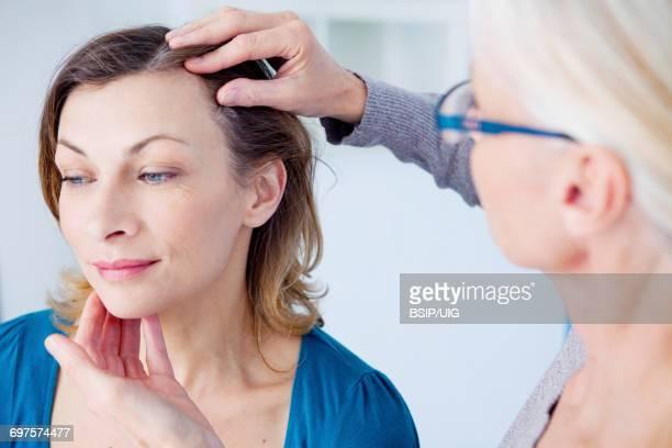 Dermatology symptomatology, woman