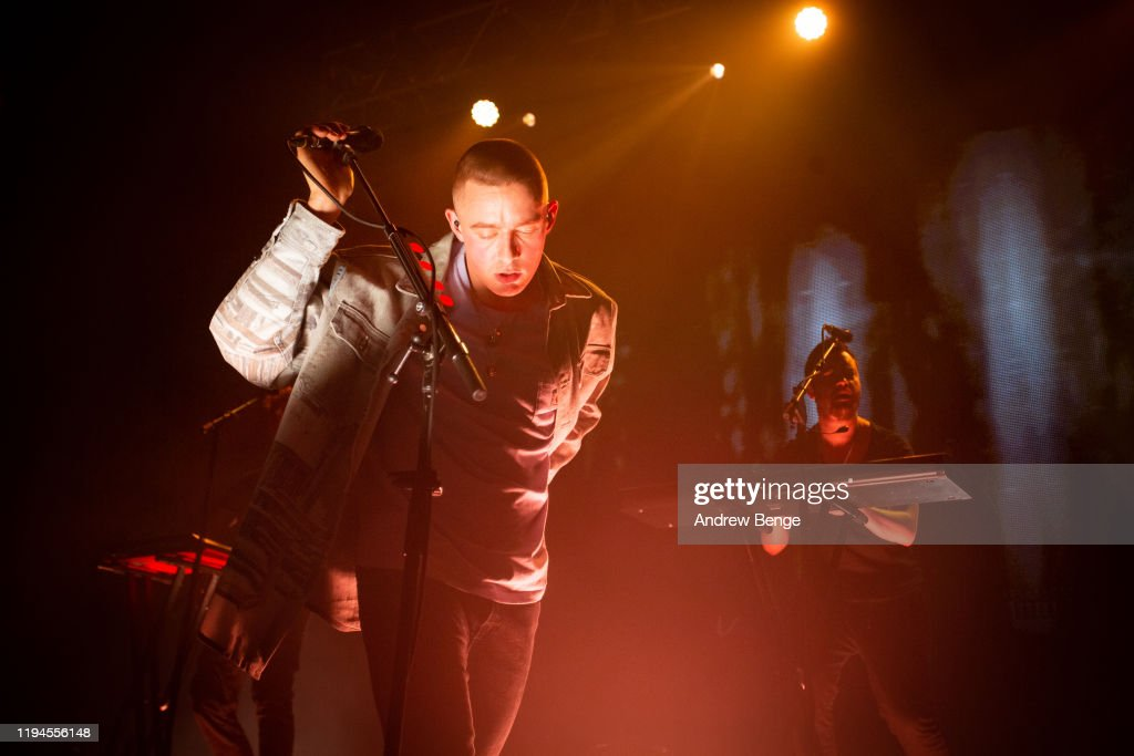 Dermot Kennedy Performs At O2 Academy, Leeds : Photo d'actualité