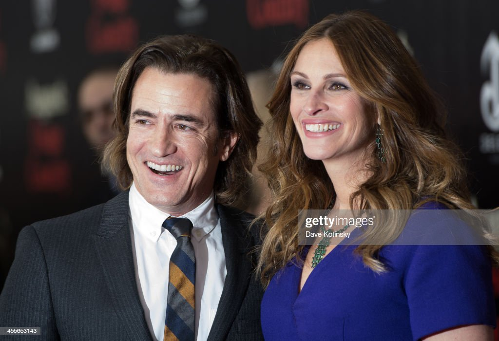 Dermot Mulroney and Julia Roberts attends the 'August: Osage County' premiere at Ziegfeld Theater on December 12, 2013 in New York City.