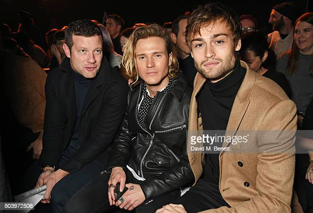 Dermot O'Leary Dougie Poynter and Douglas Booth attend the TOPMAN Design Front Row during London Collections Men AW16 at Topman Show Space on January...