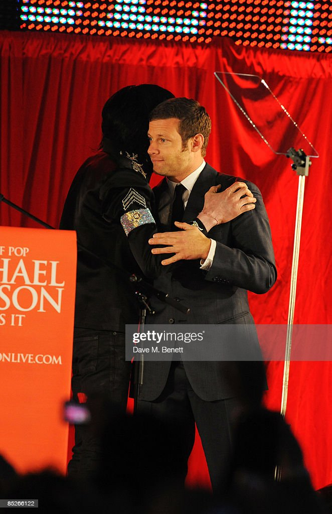 Dermot O'Leary (R) with Michael Jackson who announces plans for Summer residency at the O2 Arena at a press conference held at the O2 Arena on March 5, 2009 in London, England.