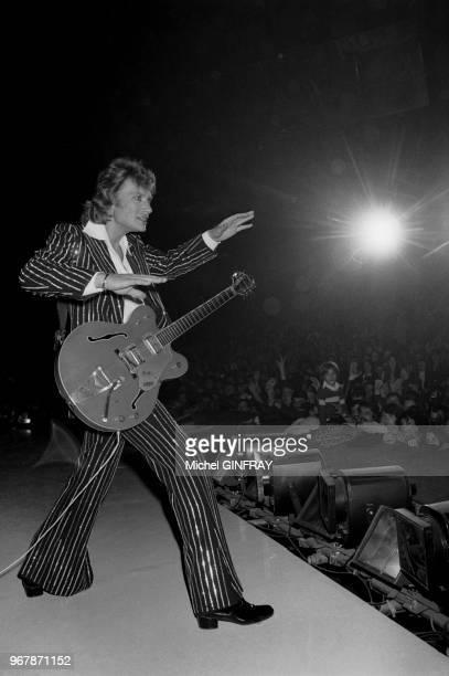 Dernier concert de Johnny Hallyday après un mois de scène au Palais des Sports à Paris France le 31 octobre 1976