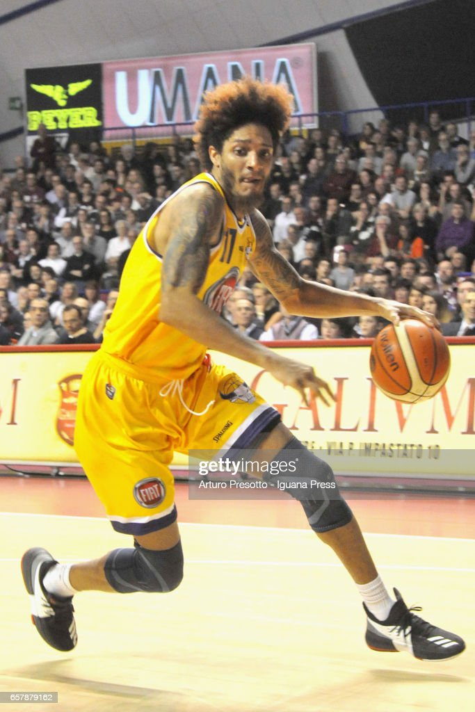 Deron Washington of Fiat in action during the LegaBasket LBA of Serie A1 match between Reyer Umana Venezia and Auxilium Fiat Torino at Palasport Taliercio on March 19, 2017 in Mestre, Italy.