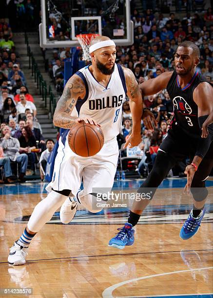 Deron Williams of the Dallas Mavericks handles the ball against the Los Angeles Clippers on March 7 2016 at the American Airlines Center in Dallas...