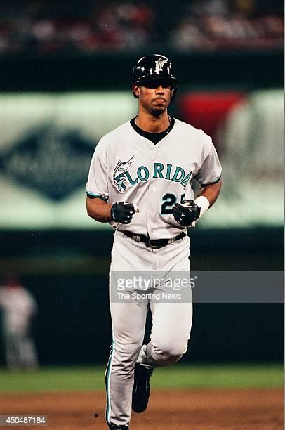 Derrek Lee of the Florida Marlins runs against the St Louis Cardinals at Busch Stadium on August 26 1998 in St Louis Missouri