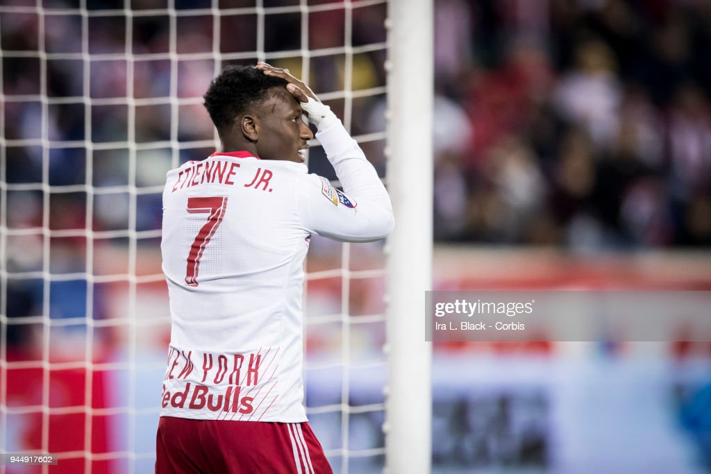 CD Guadalajara v New York Red Bulls: Concacaf Champions League - Semifinals - Leg 2 : News Photo