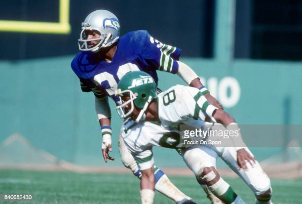Derrick Gaffney of the New York Jets in action against Connell Webster of the Seattle Seahawks during an NFL football game September 17 1978 at Shea...