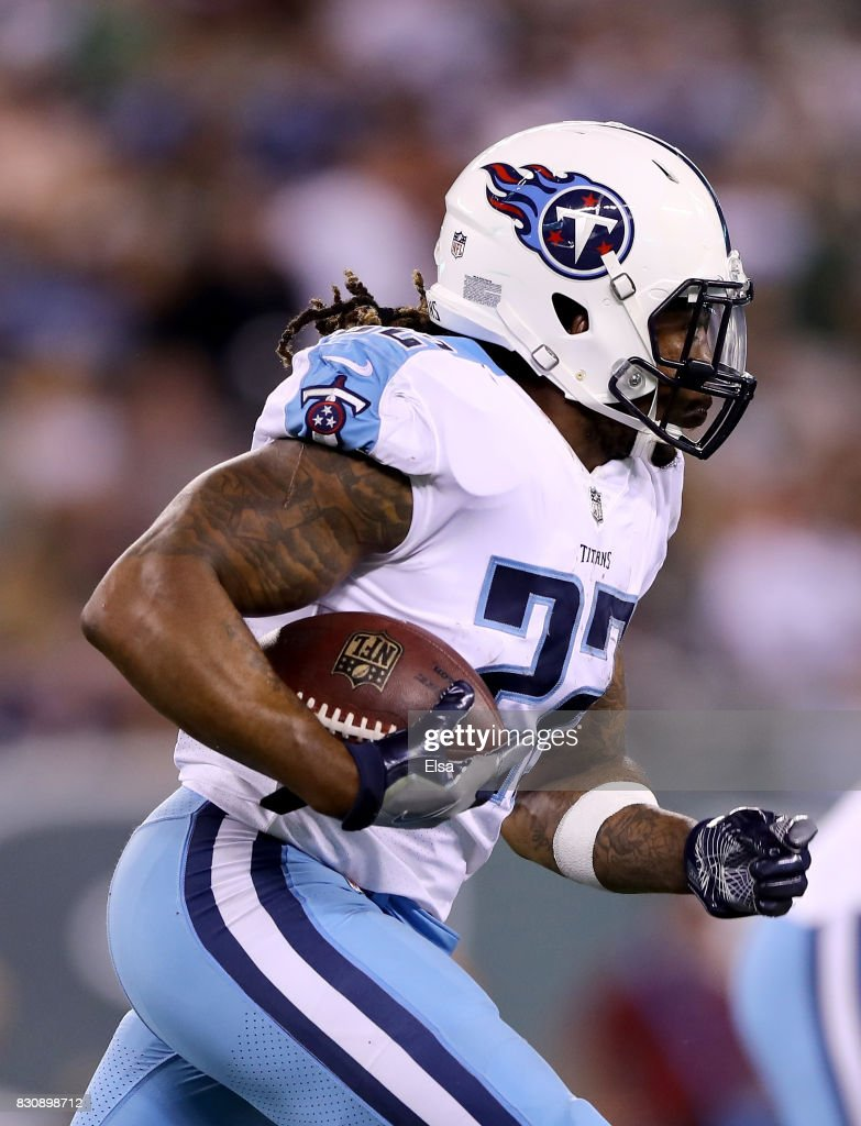 Tennessee Titans v New York Jets