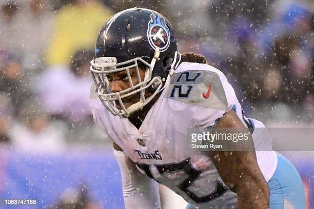 Derrick Henry of the Tennessee Titans prepares for the play against the New York Giants at MetLife Stadium on December 16 2018 in East Rutherford New...