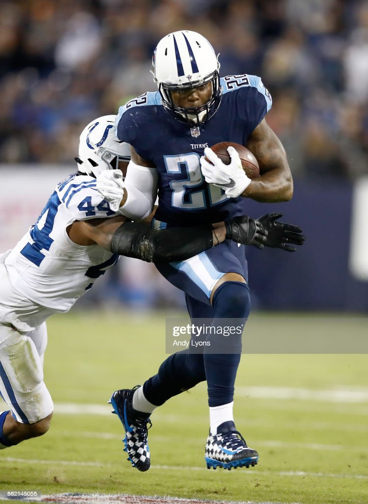 Derrick Henry #22 of the Tennessee Titans runs with the ball against the Indianapolis Colts at Nissan Stadium on October 16, 2017 in Nashville, Tennessee.