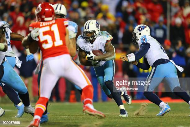 Derrick Henry of the Tennessee Titans rushes against the Kansas City Chiefs during the AFC Wild Card playoff game at Arrowhead Stadium on January 6...