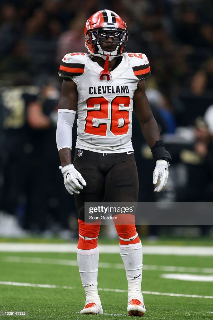 best website 5f2f1 0d398 Derrick Kindred of the Cleveland Browns stands on the field ...