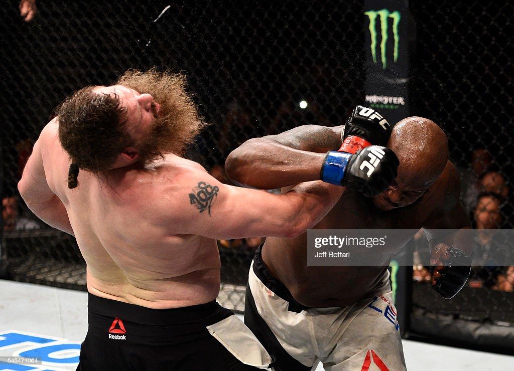 UFC Fight Night: Nelson v Lewis : News Photo