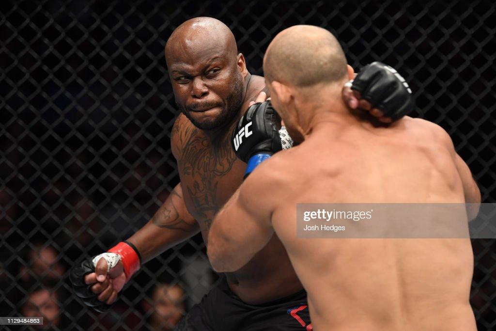 UFC Fight Night: Lewis v Dos Santos : News Photo