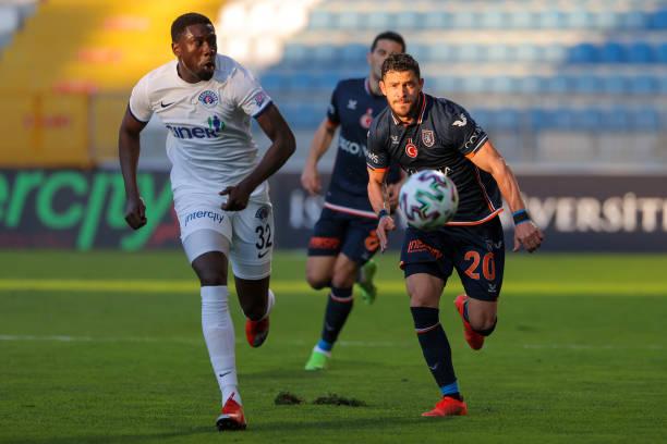 TUR: Kasımpaşa SK v İstanbul Başakşehir - Süper Lig