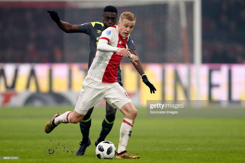 Derrick Luckassen of PSV, Donny van de Beek of Ajax during the Dutch Eredivisie match between Ajax v PSV at the Johan Cruijff Arena on December 10, 2017 in Amsterdam Netherlands