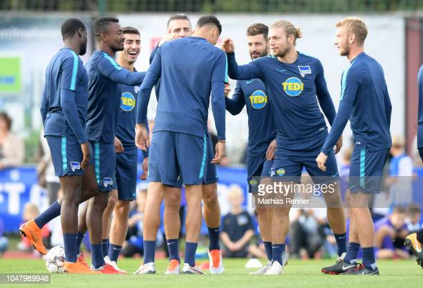 Derrick Luckassen Salomon Kalou Vedad Ibisevic Davie Selke Marvin Plattenhardt Alexander Esswein and Fabian Lustenberger of Hertha BSC during the...