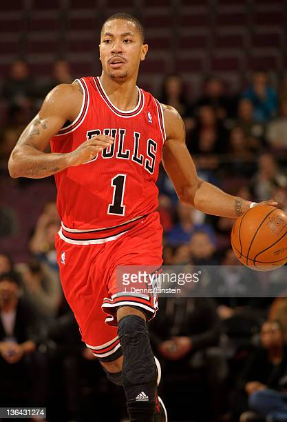 Derrick Rose of the Chicago Bulls controls the ball during the first quarter against the Detroit Pistons on January 4 2012 at The Palace of Auburn...