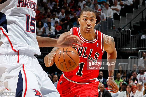 Derrick Rose of the Chicago Bulls drives against Al Horford of the Atlanta Hawks in Game Three of the Eastern Conference Semifinals in the 2011 NBA...