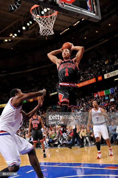 Derrick Rose of the Chicago Bulls dunks against the Philadelphia 76ers during the game on March 13 2009 at the Wachovia Spectrum in Philadelphia...