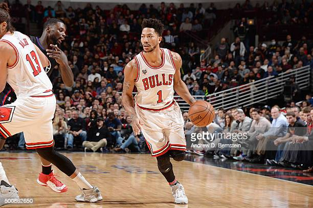 Derrick Rose of the Chicago Bulls handles the ball against the Los Angeles Clippers on December 10 2015 at the United Center in Chicago Illinois NOTE...