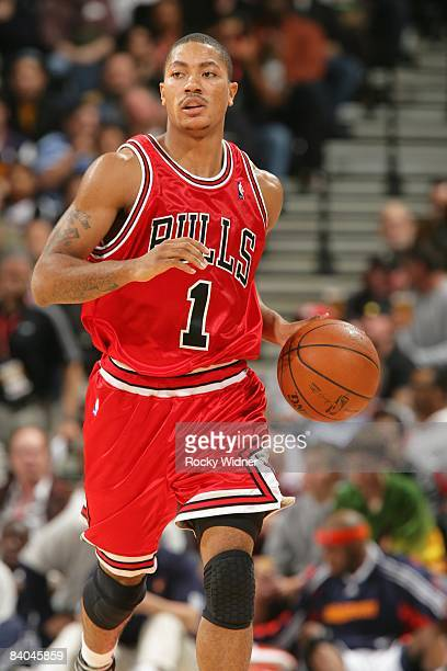 Derrick Rose of the Chicago Bulls moves the ball against the Golden State Warriors during the game on November 21 2008 at Oracle Arena in Oakland...