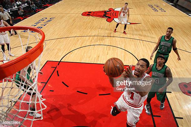 Derrick Rose of the Chicago Bulls shoots the ball against the Boston Celtics on January 7 2016 at the United Center in Chicago Illinois NOTE TO USER...