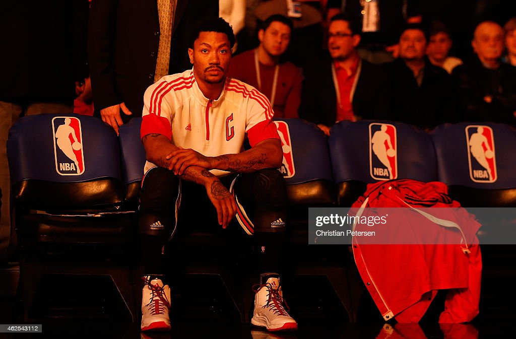 Derrick Rose #1 of the Chicago Bulls sits on the bench before the start of the NBA game at US Airways Center on January 30, 2015 in Phoenix, Arizona.