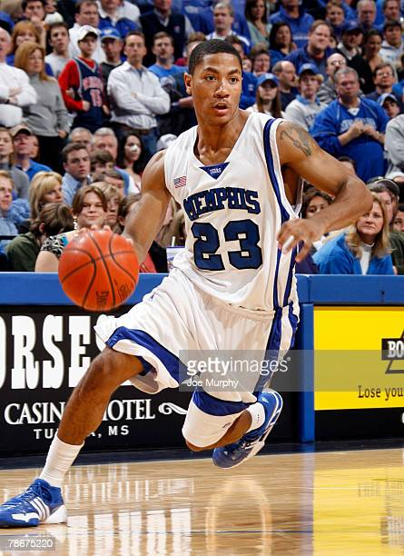 Derrick Rose of the Memphis Tigers drives down the court in a game against the Arizona Wildcats at FedExForum December 29, 2007 in Memphis,...