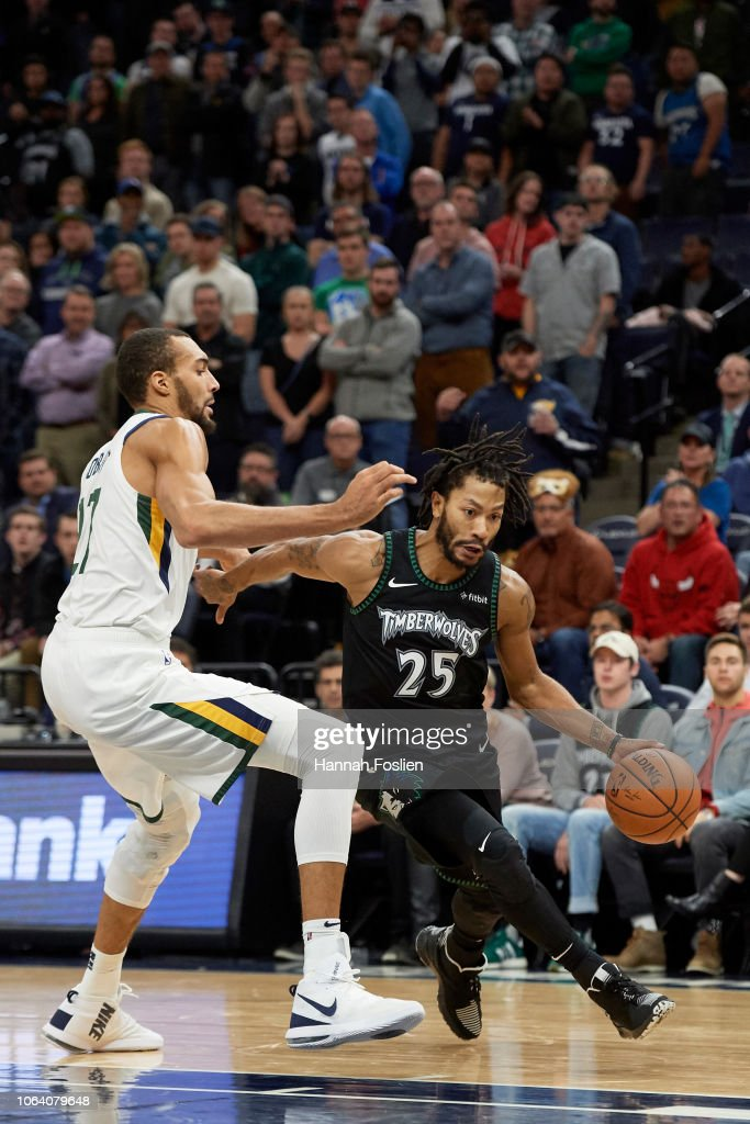 92d882a1 Derrick Rose of the Minnesota Timberwolves drives to the basket ...