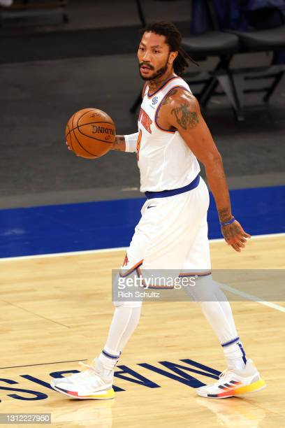 Derrick Rose of the New York Knicks in action against the Toronto Raptors during a game at Madison Square Garden on April 11, 2021 in New York City....