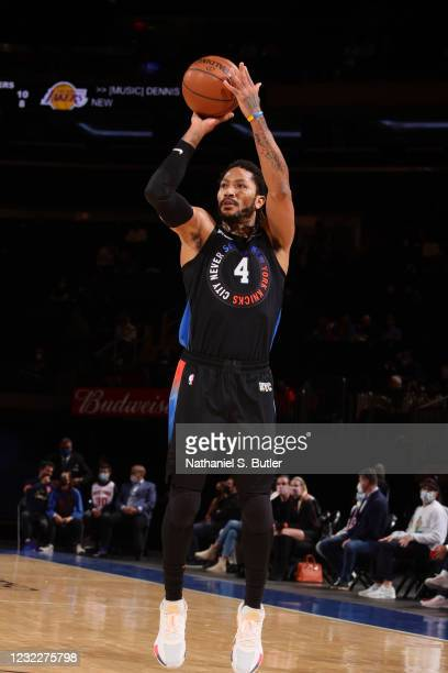 Derrick Rose of the New York Knicks shoots a three point basket during the game against the Los Angeles Lakers on April 12, 2021 at Madison Square...
