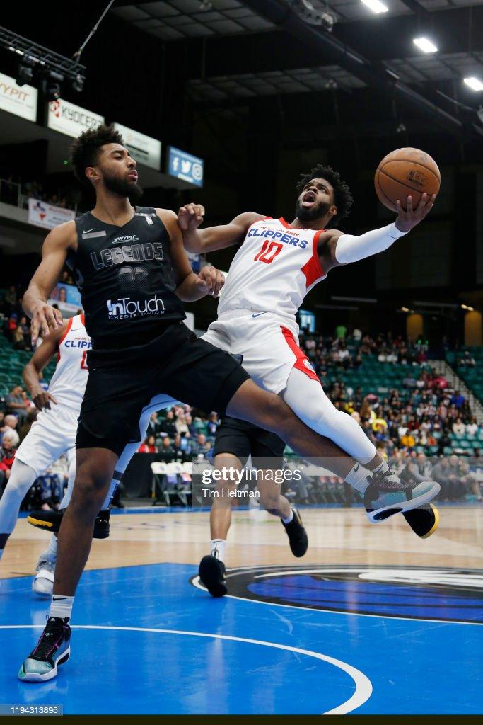 Agua Caliente Clippers vs. Texas Legends : News Photo