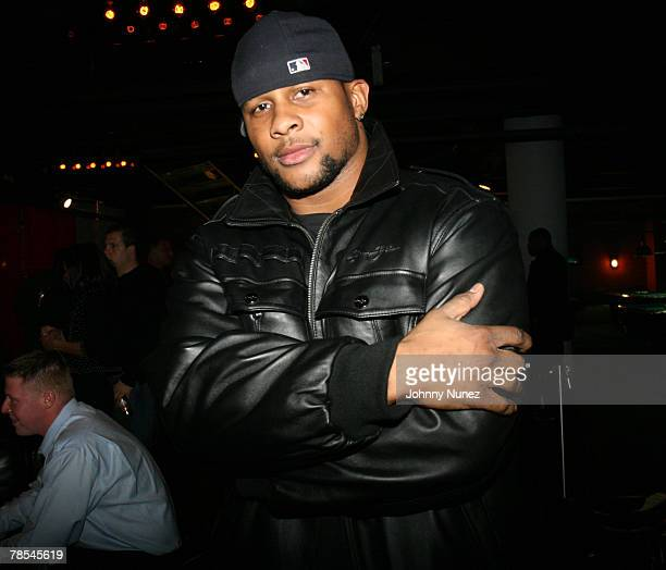 Derrick Ward attends Michael Strahan's Santa's BIG Helper Christmas Party at Club Slate December 17 2007 in New York City