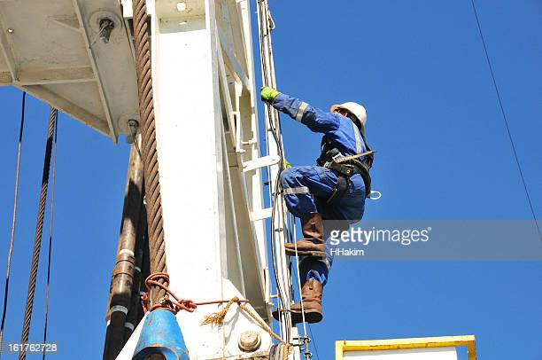 derrickman - oil worker stock pictures, royalty-free photos & images