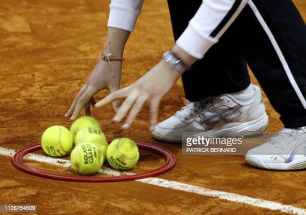 COMPETITION' Des jeunes licenciés de tennis participent à la journée de test dendurance et dagilité le 23 janvier 2011 à Dax afin de choisir les...
