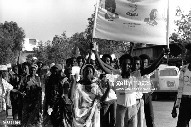 Des militants pour l'indépendance dans les rues de Djibouti 3 février 1976 Djibouti