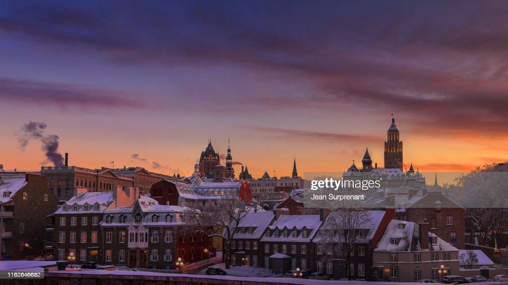 Des Remparts street winter sunset 16X9 DRI : Stock Photo