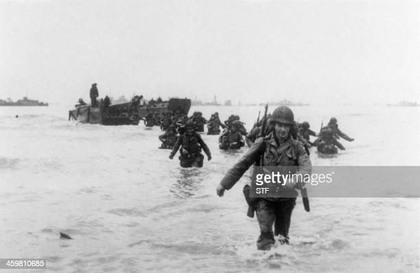 Des renforts américains de la 4ème division d'infanterie débarquent à Utah Beach sur la côte normande le 06 juin 1944 lors du débarquement allié en...