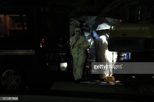 Des Techniciens en Identification Criminelle relèvent des indices sur les lieux de l'assasinat de Faycal Abakaoui, entrepreneur en BTP, abattu le 08...