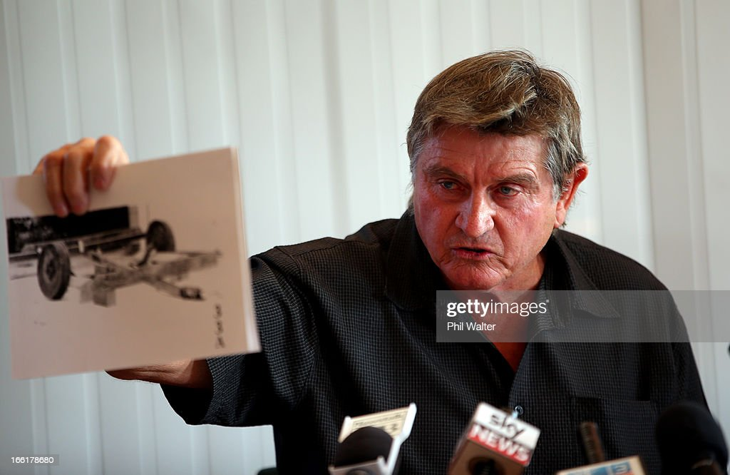 Des Thomas holds court documents alongside his brother Arthur Allan Thomas during a press conference at the Pukekawa Hall on April 10, 2013 in Auckland, New Zealand. Arthur Allan Thomas was pardoned for the 1970 murder of Jeanette and Harvey Crewe and addressed the media following comments recently regarding the integrity of the late police prosecutor Bruce Hutton.