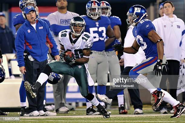 DeSean Jackson of the Philadelphia Eagles catches a pass during the game against the New York Giants at MetLife Stadium on November 20 2011 in East...