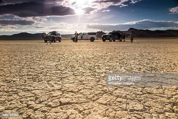 Paysage désertique équipe de tournage