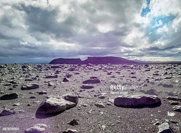 desert landscape, iceland - volcanic landscape stock pictures, royalty-free photos & images