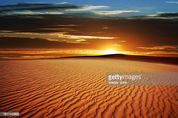 xl desert sand sunset - jordan middle east stock pictures, royalty-free photos & images