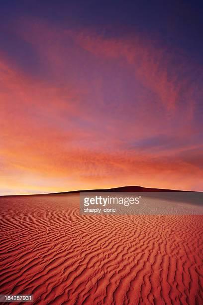 XL areia do deserto ao pôr do sol